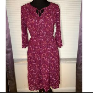 Old Navy NWT Floral Maroon Dress Tie Neck Button